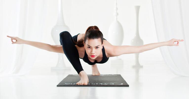 Tuổi 36 vẫn sở hữu sắc vóc trẻ trung, Thu Trang chuyên tâm luyện tập yoga mỗi ngày