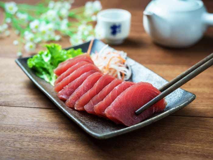 6 moi nguy tiem an co the xay ra khian do song nhu sushi, sashimi - 4