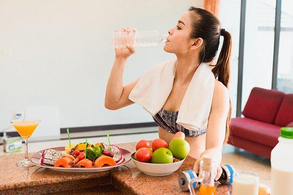 Làm đẹp da, giảm cân, giữ dáng và tăng cường sức khỏe bằng cách ăn chay trường, nên hay không?