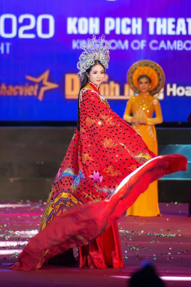 doanh nhan boi ngoc tro thanh hoa hau nhan ai ms world community business 2020 - 5