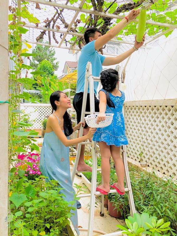 3 nguoi dep mien tay roi showbiz lay chong dai gia: nhan sac no ro, sang chanh mien ban - 6