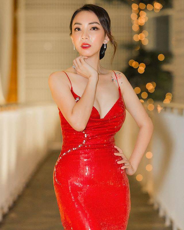 nu cuoi rang ro to cao tuoi that cua thu trang vi vo tinh lam han sau nhung nep nhan - 3