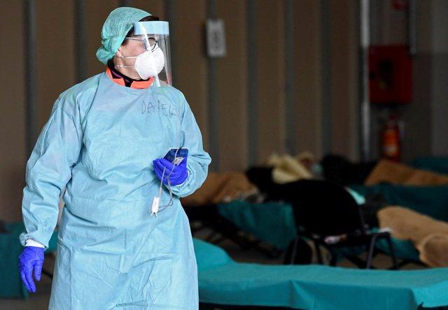 COVID-19 ngày 15/3: Ca nhiễm ở Italia tăng đột biến, một quốc gia tuyên bố tình trạng