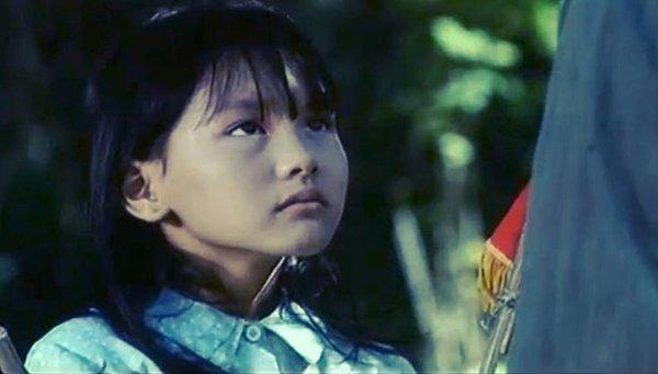 """khoe lai anh hoi 8 tuoi, bao thanh """"xinh lao"""" duoc dan tinh nuc no khen xinh tu be - 5"""