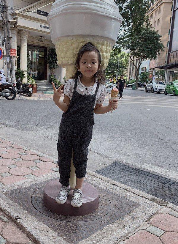 """ba trum chan dai dat bac noi tieng khat khe, nuoi day 3 con cung tu nhan phai """"cang"""" - 9"""