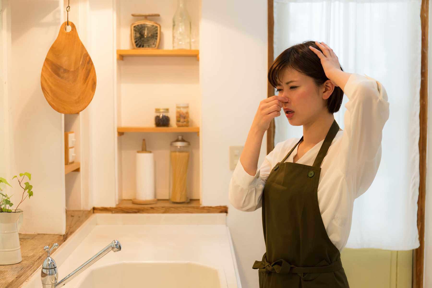 Nhà vệ sinh hôi thơm ngay sau 5 phút nhờ mẹo nhỏ này, đọc đi kẻo phí tiền thuê thợ - 3