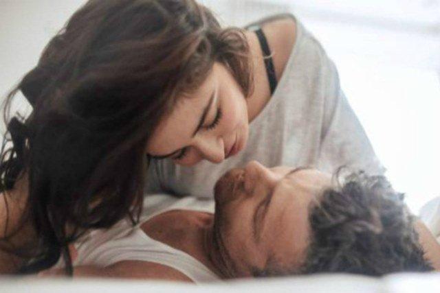 4 điều chồng nói với vợ chứng tỏ anh ấy yêu bạn hơn cả bản thân, xin chúc mừng! - 4