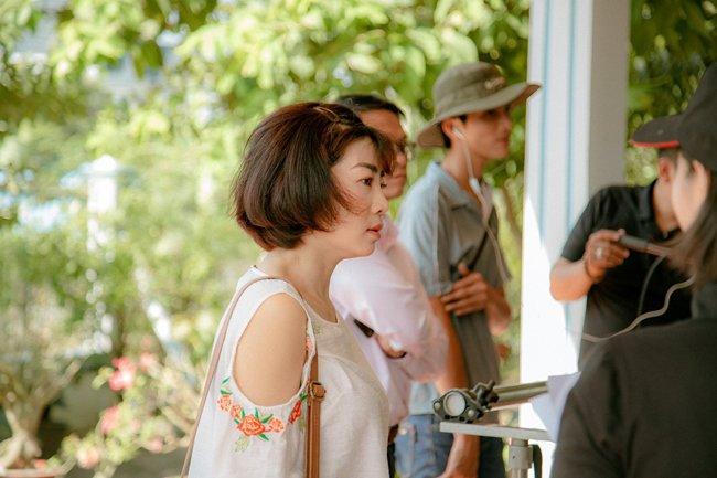 """chuyen nam xua ve mai phuong: thien than """"me trai den te dai"""", khong biet so la gi - 6"""