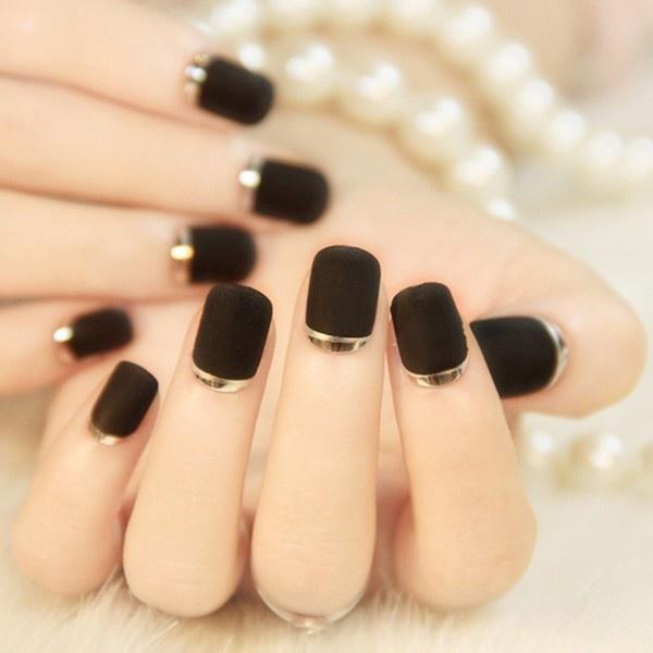 Năm 2021 đến rồi, mẫu nail màu đen ngỡ đơn giản cũng có trăm kiểu cho nàng thử quanh năm - 4