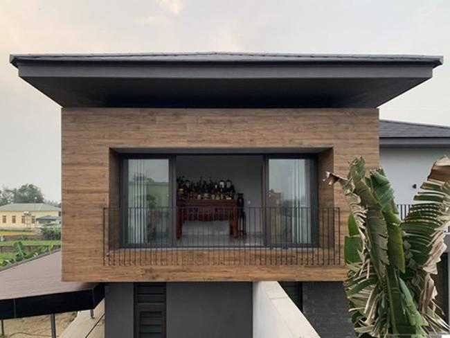 Chàng trai Hà Tĩnh xây biệt thự tiền tỷ ấn tượng nhất làng tặng bố mẹ - 5