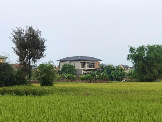 Chàng trai Hà Tĩnh xây biệt thự tiền tỷ ấn tượng nhất làng tặng bố mẹ - 13