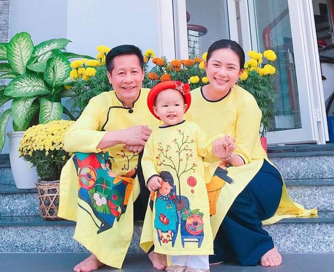 5 mỹ nhân Việt gây amp;#34;sốtamp;#34; với cuộc sống hôn nhân hạnh phúc bên chồng đại gia hơn tuổi - 6