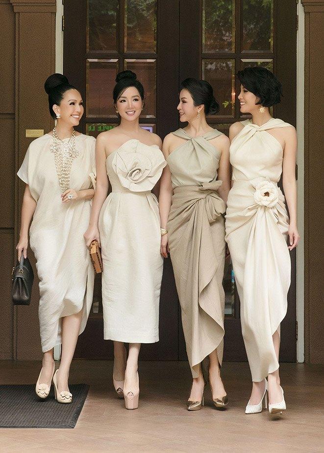 Style amp;#34;chặt chémamp;#34; đôi lúc lận đận, tình cũ Kim Lý U50 đổi váy công chúa đẹp như nữ thần - 10