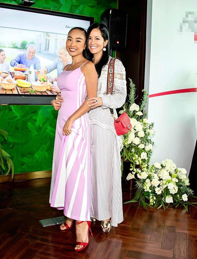 """Không còn kín đáo """"nuốt chân"""", Hồng Nhung diện xén bớt vải được khen đẹp ngang ngửa Hoa hậu - 5"""