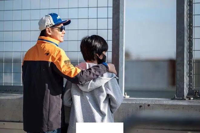 Không lộ mặt con trai, Lâm Chí Dĩnh chỉ ra lý do có liên quan đến chính cậu bé - 4