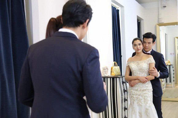Mặc váy cô dâu đến phá tiệc cưới tình cũ phụ bạc, tôi nhận cái kết đẹp hơn mơ - 2