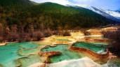 """Thung lũng Hoàng Long, kỳ quan thiên nhiên đẹp tựa """"cổ tích"""""""