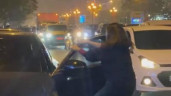 """Vợ chặn xe giữa phố Hà Nội quát """"Đồ cướp chồng của bạn"""", diễn biến sau đó đầy bất ngờ"""
