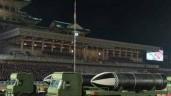 Toàn cảnh lễ duyệt binh khoe 'Vũ khí mạnh nhất thế giới' của Triều Tiên
