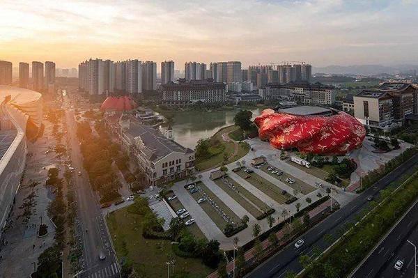 Tòa nhà xấu xí nhất Trung Quốc: Rộng hơn 30.000m2, ý tưởng nhân văn nhưng lại gây nhức mắt - 3
