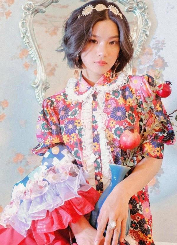 Ngày thường kín đáo, Hoàng Yến Chibi ngây thơ bỗng quên mặc áo - 8