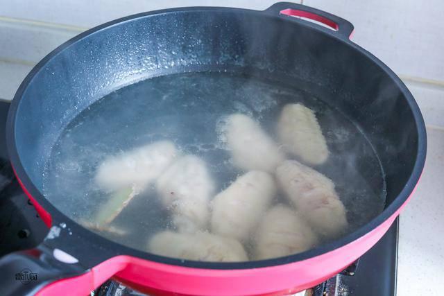 Cánh gà rán ăn mãi cũng chán, đem kho với mấy thứ này lại được món ngon hiếm có - 1
