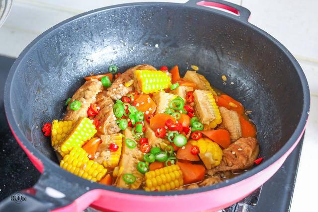 Cánh gà rán ăn mãi cũng chán, đem kho với mấy thứ này lại được món ngon hiếm có - 6