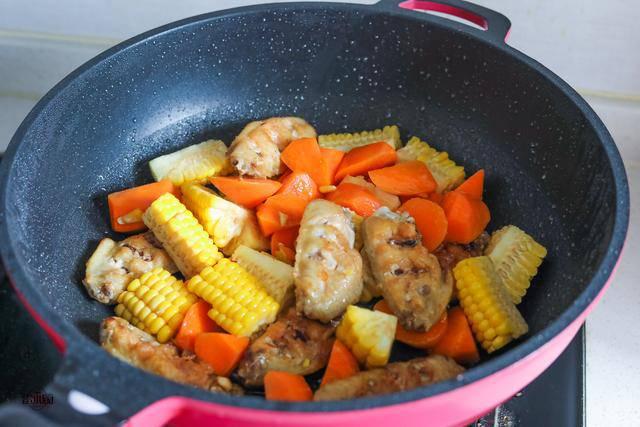 Cánh gà rán ăn mãi cũng chán, đem kho với mấy thứ này lại được món ngon hiếm có - 4