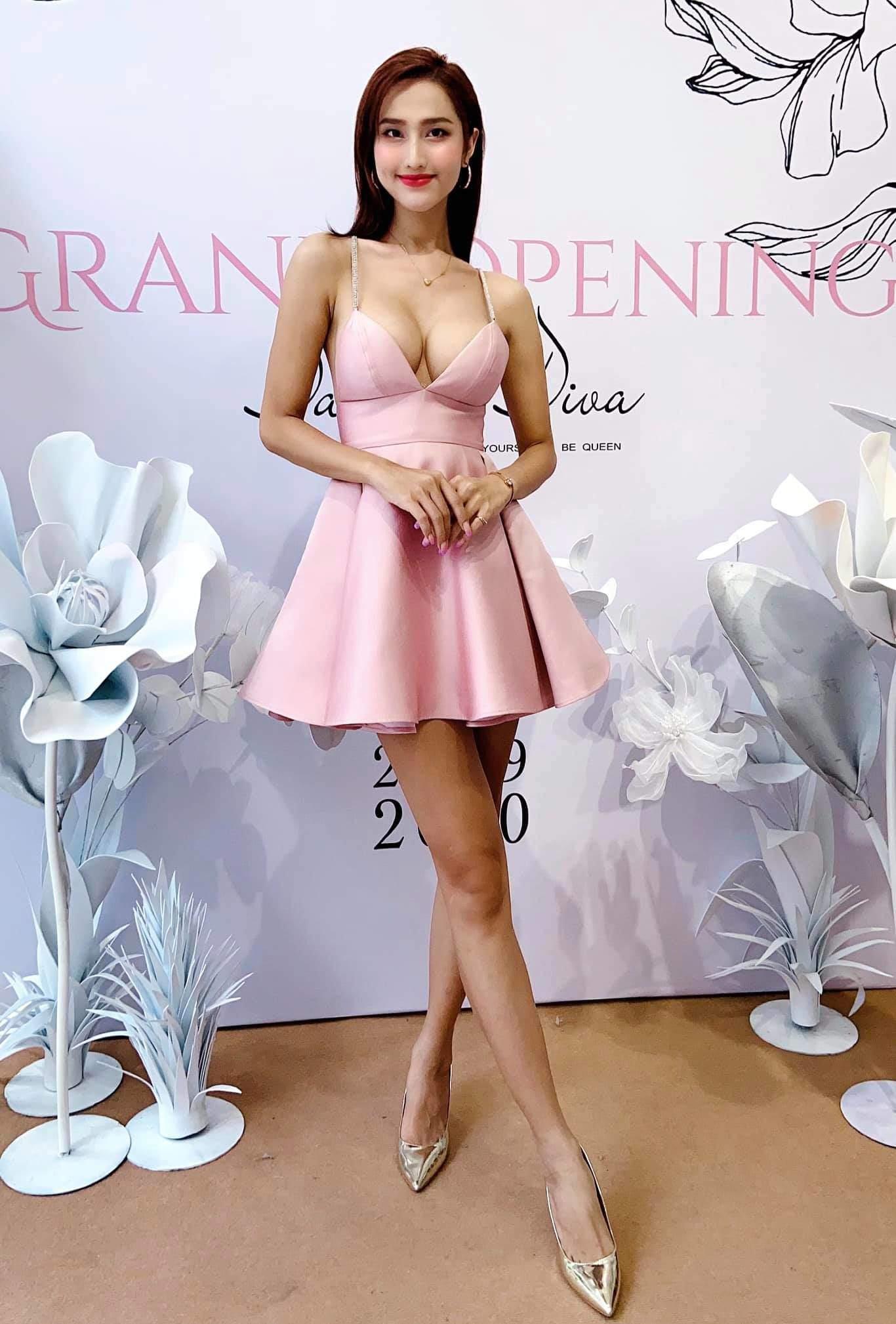 Từng bị chỉ trích vì mặc váy khoe cặp tuyết lê phản cảm, Hoa hậu 9X giờ hở tinh tế - 5
