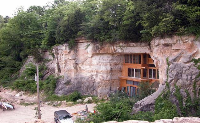 Chui vào hang làm nhà, tưởng hoang sơ ai ngờ đẹp như khách sạn 5 sao - 16
