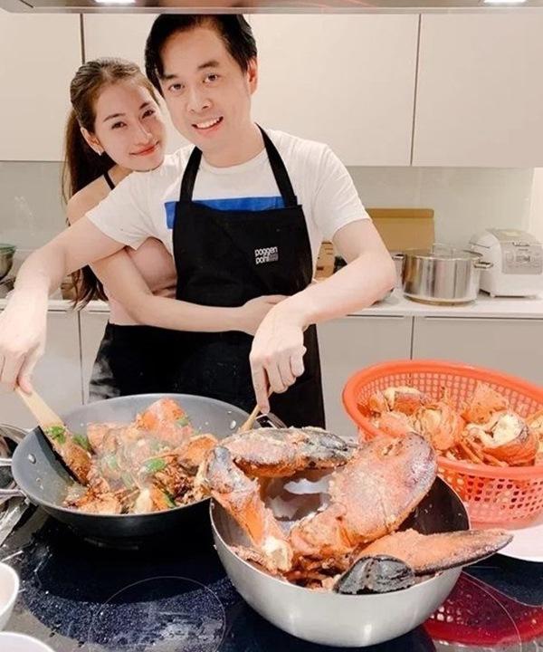 Quanh năm nấu ăn cho vợ trẻ, Tết này nhạc sĩ Dương Khắc Linh lại muốn amp;#34;gác đũaamp;#34; nghỉ ngơi - 10