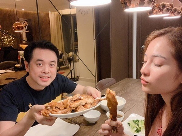 Quanh năm nấu ăn cho vợ trẻ, Tết này nhạc sĩ Dương Khắc Linh lại muốn amp;#34;gác đũaamp;#34; nghỉ ngơi - 12