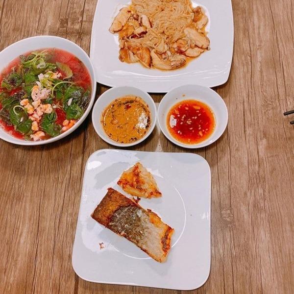 Quanh năm nấu ăn cho vợ trẻ, Tết này nhạc sĩ Dương Khắc Linh lại muốn amp;#34;gác đũaamp;#34; nghỉ ngơi - 7