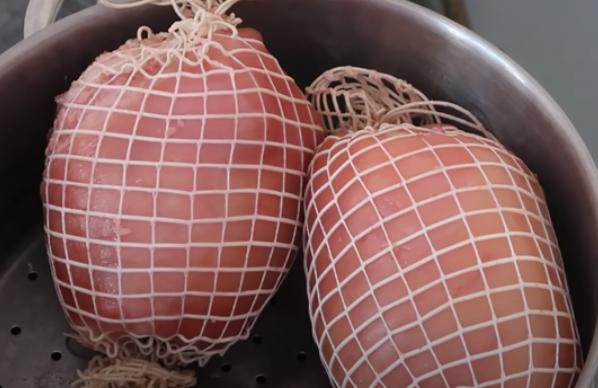 Cách làm giò dăm bông thịt nguội ngon đơn giản tại nhà - 7