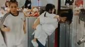 """Mẹ bỉm Diệp Lâm Anh cõng con lên """"sàn"""", con nhảy cực sung, đoạn cuối tụt cả cạp quần"""