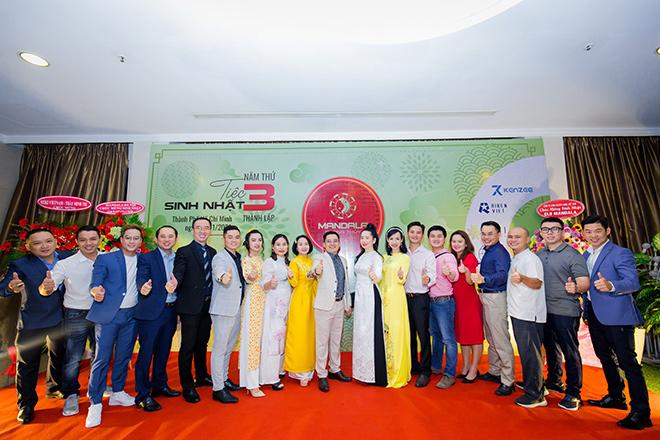 Hơn 300 doanh nhân đến tham dự sinh nhật 3 tuổi câu lạc bộ Mandala phong thuỷ - 1