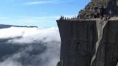 Cảnh sắc tuyệt đẹp trên đỉnh vách đá 10.000 năm tuổi nổi tiếng nhất Na Uy