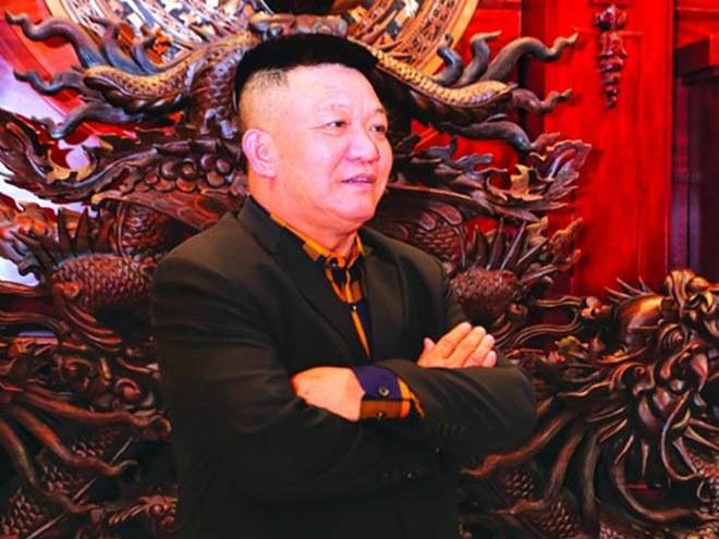 Gia sản khổng lồ của đại gia Việt sở hữu lâu đài dát vàng vừa xôn xao mạng xã hội - 1