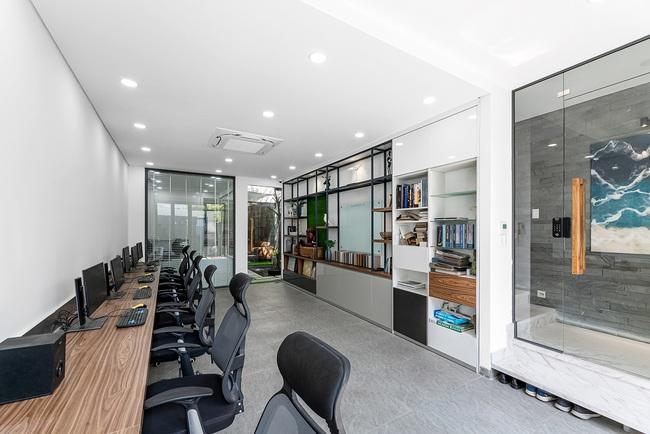 Vừa là nhà ở vừa làm văn phòng, thiết kế sao cho đẹp mà vẫn riêng tư? - 5