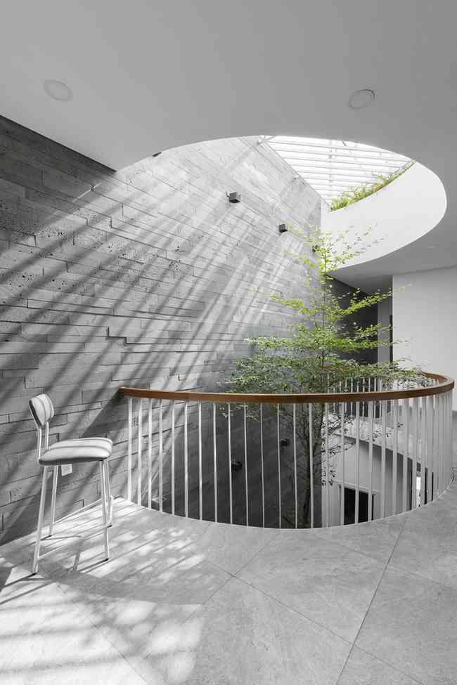 Vừa là nhà ở vừa làm văn phòng, thiết kế sao cho đẹp mà vẫn riêng tư? - 16