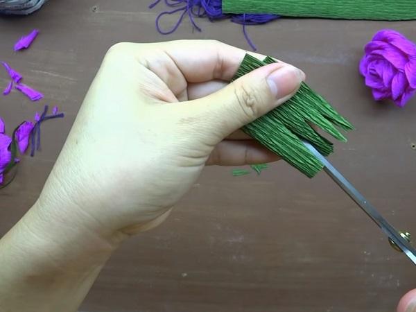Cách làm hoa giấy đẹp đơn giản để trang trí - 7