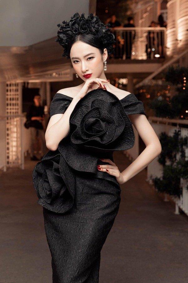Angela Phương Trinh diện váy đỏ rực mừng tuổi mới, chẳng hở hang mà xinh xuất sắc - 3