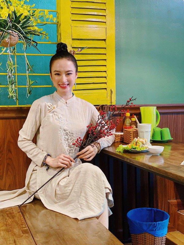 Angela Phương Trinh diện váy đỏ rực mừng tuổi mới, chẳng hở hang mà xinh xuất sắc - 5