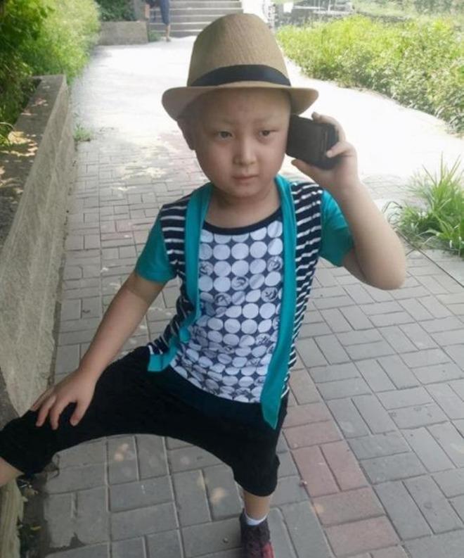 amp;#34;Búp bê ảnh Tếtamp;#34; Đặng Minh Hạ: Cỗ máy kiếm tiền của mẹ, 8 tuổi qua đời trong xót xa - 7