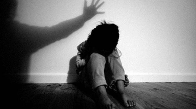 Tin tức 24h: Phẫn nộ lời khai nghi phạm hiếp dâm con gái 12 tuổi của người tình ở HN - 3