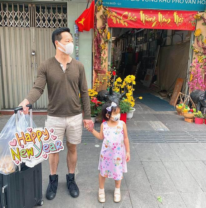 Muốn gần Phan Như Thảo nhưng con bám, đại gia Đức An than: Trai trẻ còn khoẻ...không làm gì được - 8