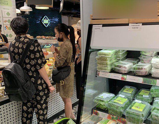 Fan ngưỡng mộ độ tình cảm của Gil Lê - Hoàng Thùy Linh nhờ điểm chung về món ăn - 5