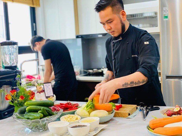 Nông sản đang rẻ, đầu bếp mách cách làm kim chi từ các loại rau củ quả tuyệt ngon - 1