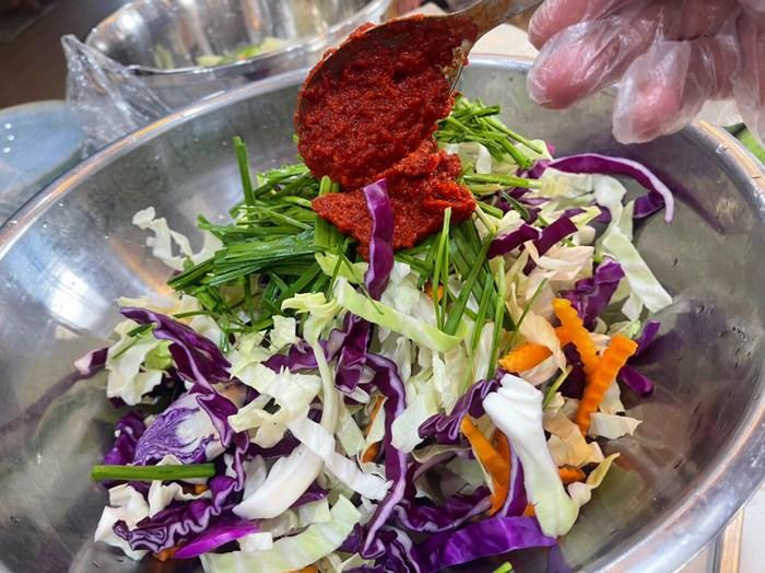 Nông sản đang rẻ, đầu bếp mách cách làm kim chi từ các loại rau củ quả tuyệt ngon - 4