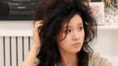 Những mỹ nhân Việt chấp nhận cạo trọc đầu, 'xấu điên đảo' để hi sinh cho vai diễn